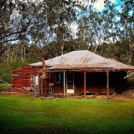 Old Farm House3 - OLYMPUS DIGITAL CAMERA