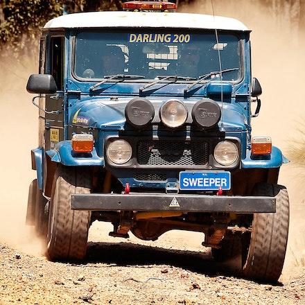 Aussie Cruiser - The old and reliable Aussie Toyota Landcruiser.