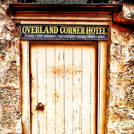 Overland_Cnr_Hotel_doorway - OLYMPUS DIGITAL CAMERA