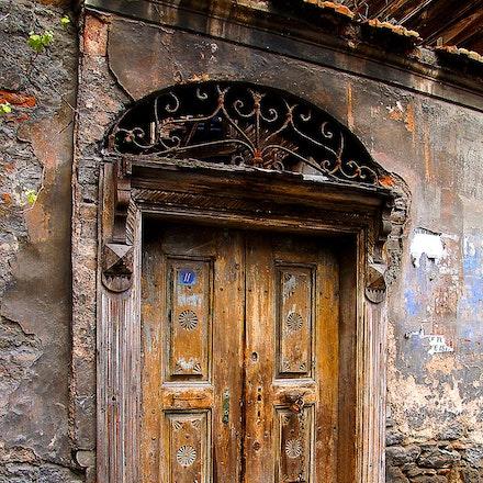 Ancient_Istanbul_Door - OLYMPUS DIGITAL CAMERA