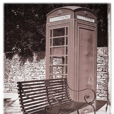 Telephone_Bench_02 - OLYMPUS DIGITAL CAMERA