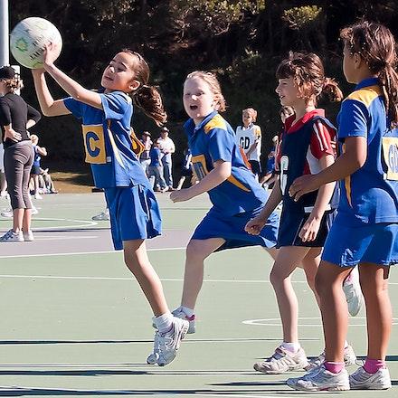 On her toes - Junior Netball Western Australia