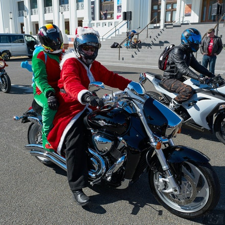 Canberra Toy Run 2015 - The Canberra Toy Run, an annual event like many across the country. Motorcyclists donate cash, non-perishable food and toys for...