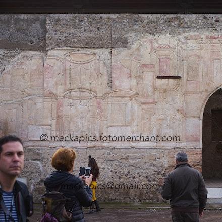 Examining Pompeii