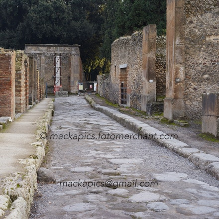 Another street in Pompeii - Pompeii trip
