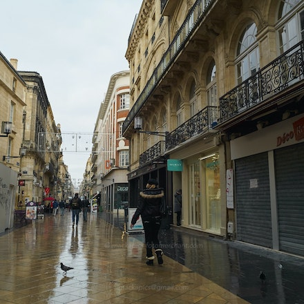 Street-life in Bordeaux - 2 - Bordeaux