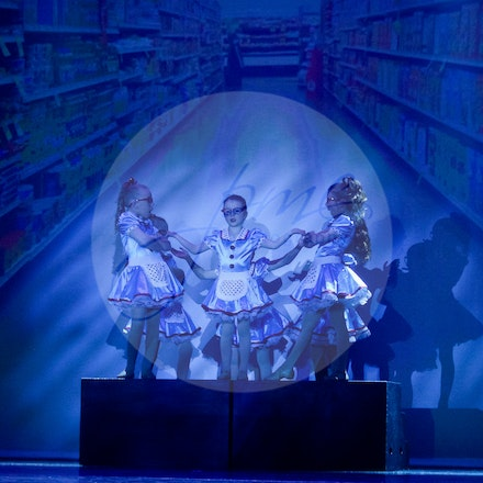 Checkout Chicks - House Of Dance Disco ... beyond the mirror ball! House of Dance presented their end of year dance concert at Mt Nelson Theatre in Hobart,...