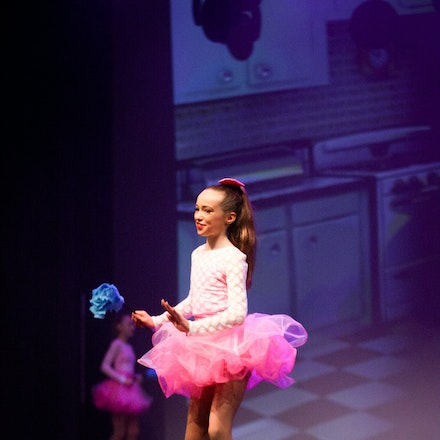 Housewives - House Of Dance Disco ... beyond the mirror ball! House of Dance presented their end of year dance concert at Mt Nelson Theatre in Hobart,...