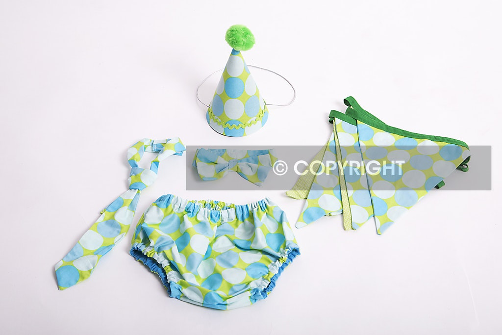 Images Unleashed Photography Cake Smash outfit 017