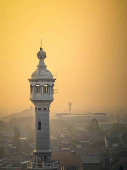 Good Morning Jakarta - The 4:30 alarm clock