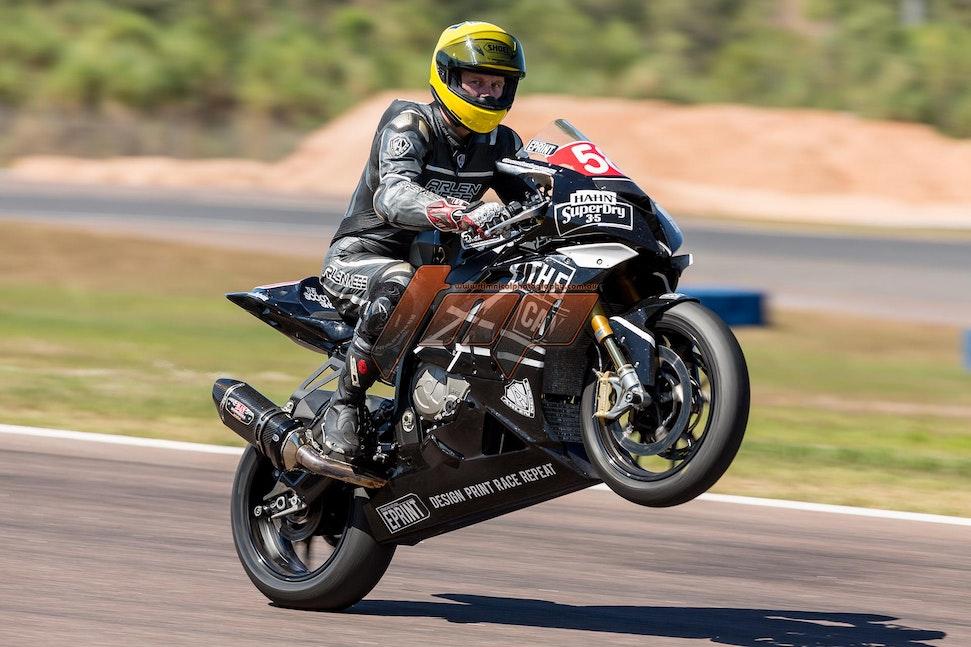 1920px  TTC 3 riders 2014-1247