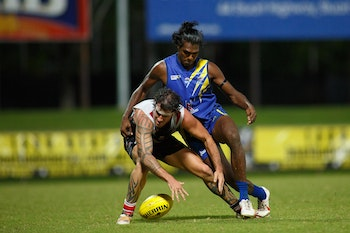 2013 NTFL Semi Final Wanderers vs Southern Districts-6113