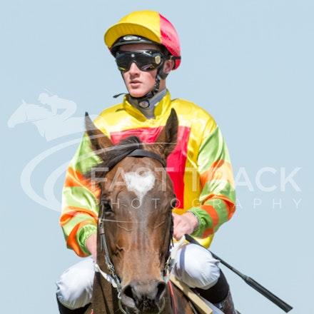 Race 6, Lankan Rupee, Chad Schofield_08-11-14, Flemington_Sharon Chapman_444