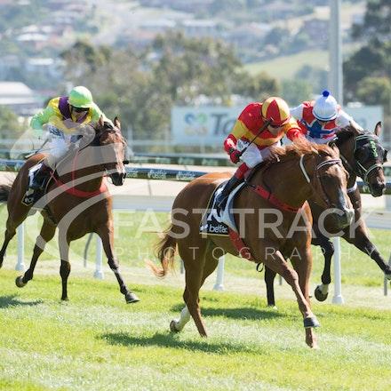 Race 1, Morning Starlet, Dean Yendall_06-02-15, Hobart, WIN_009