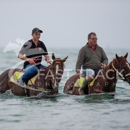 Safety Beach, Of The Brave, Logan McGill & Grande Rosso, Mark Riley_26-02-15_038