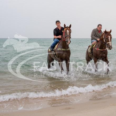 Safety Beach, Of The Brave, Logan McGill & Grande Rosso, Mark Riley_26-02-15_046