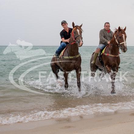 Safety Beach, Of The Brave, Logan McGill & Grande Rosso, Mark Riley_26-02-15_049