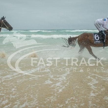 Beach, Brenton Avdulla & Chris Symons, Ocean_05-01-16, Surfers_0202