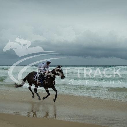 Beach, Chris Symons, Ocean_05-01-16, Surfers_0093