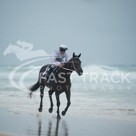 Beach, Chris Symons, Ocean_05-01-16, Surfers_0094