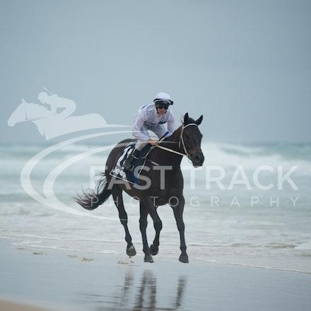 Beach, Chris Symons, Ocean_05-01-16, Surfers_0095