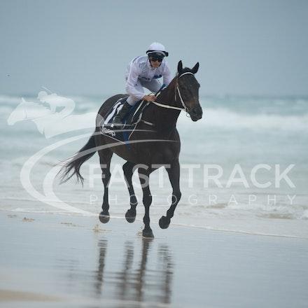 Beach, Chris Symons, Ocean_05-01-16, Surfers_0096