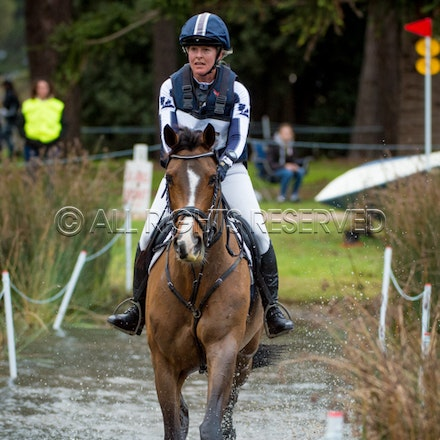 CC1, 1 Star, 105, Alexandra Townsend & Something To Talk About_12-06-16, M3DI_0015