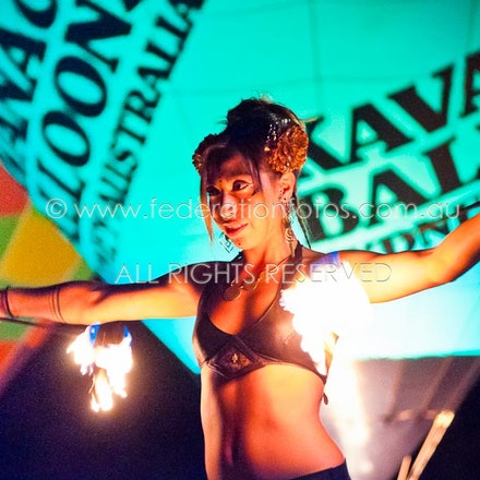 April 9 | 2016 - The Cabonne Country Balloon Glow, Fire and Light Spectacular Gallery complete
