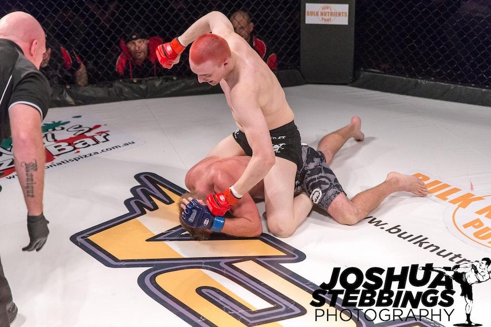 fight 7-6329