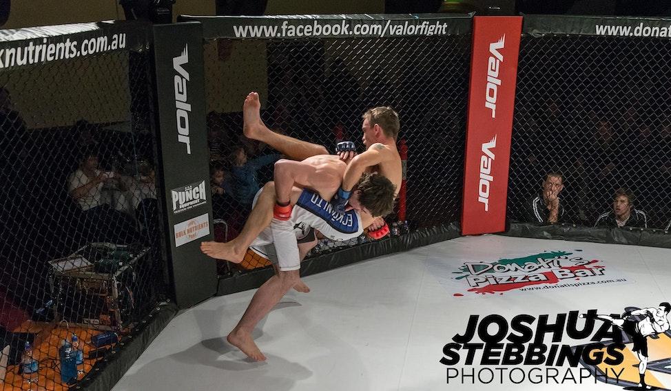 fight 7-8422