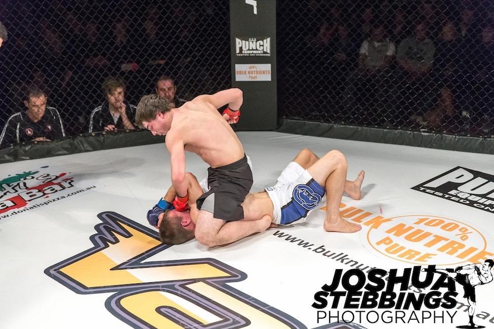 fight 7-8714