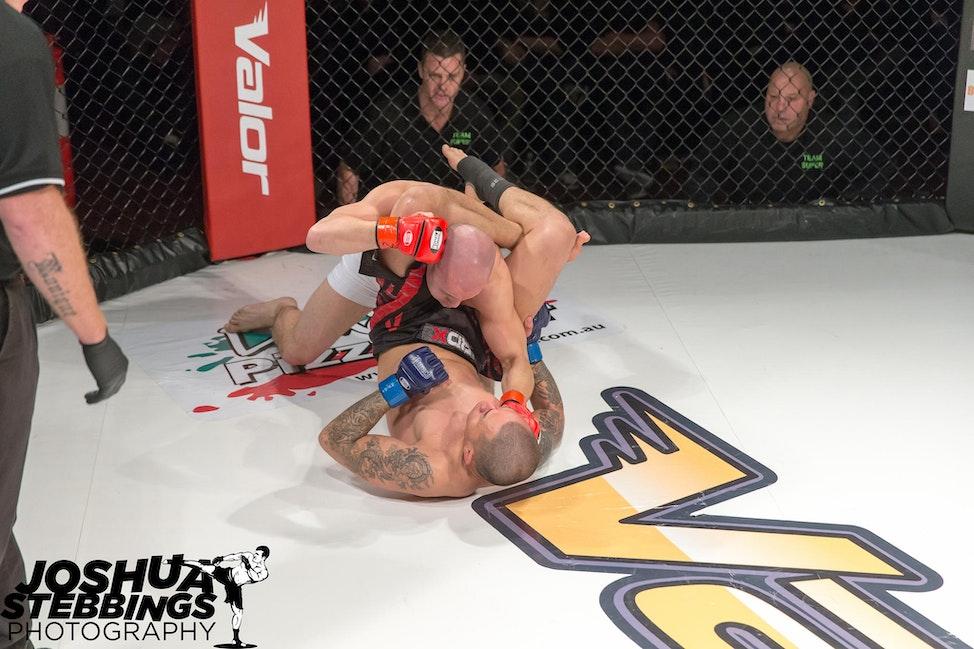 fight 7-9299