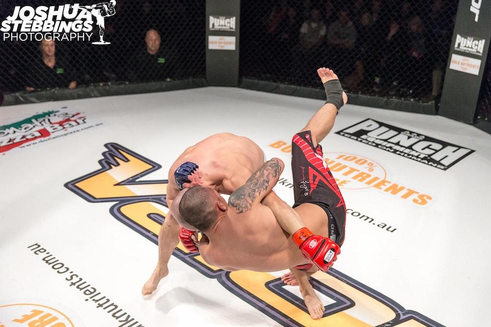 fight 7-9411