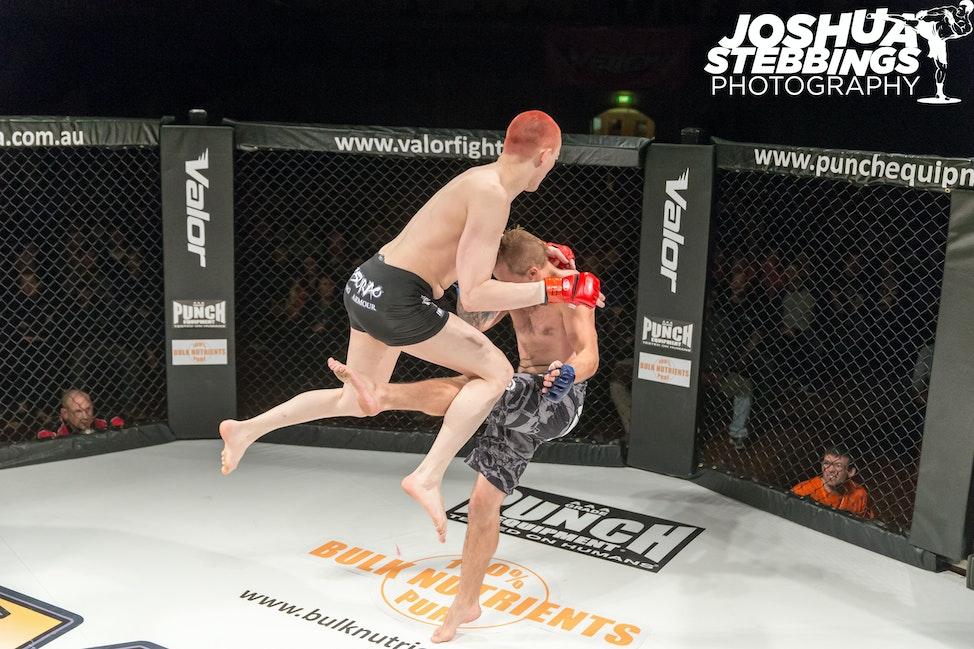 fight 7-6136