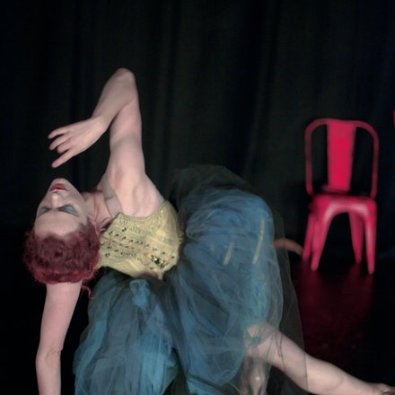 04-LittleGirlBlue - Laura Careless; Company XIV, Pinocchio. Edinburgh 2011