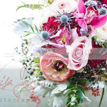 Melissa and Callum - Wedding at Narmbool