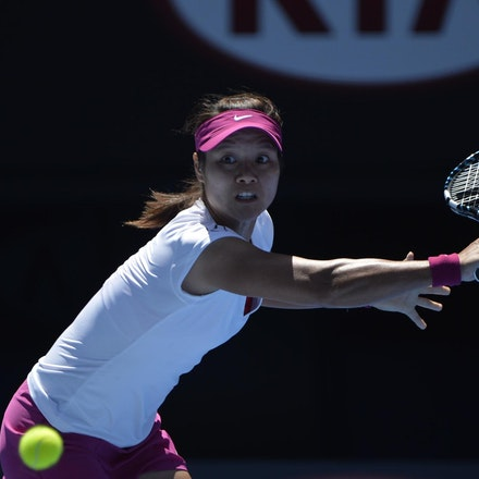 Blakeman_2014_105957 - Na LI (CHI) defeats Eugenie BOUCHARD (CAN) 6-2, 6-4 on day 11 at Rod Laver Arena