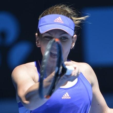 _PB14329 - 2015 19th January. Day 1 of the Australian Open Tennis. Simona Halep (ROU) defeats Karin Knapp (ITA) 6-3, 6-2 Halep in action
