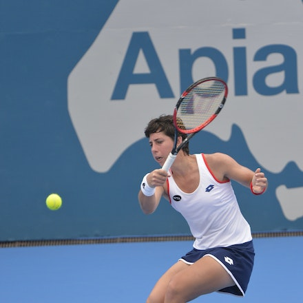 _DSC9414 - 2015 13th January APIA International Sydney Tennis, day 3. Carla Suarez Navarro (ESP) defeats Ekaterina Makarova (RUS) 4-6, 6-1, 6-4. Suarez...