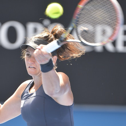 _PB10046 - 2015 22nd January. Day 4 of the Australian Open Tennis. Maddison Keys (USA) defeats Casey Delaqua (AUS) 2-6 6-1 6-1 Delaqua in action
