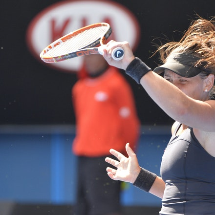 _PB10086 - 2015 22nd January. Day 4 of the Australian Open Tennis. Maddison Keys (USA) defeats Casey Delaqua (AUS) 2-6 6-1 6-1 Delaqua in action