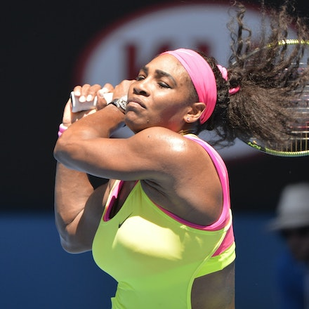 _PB13176 - 2015 24th January. Day 6 of the Australian Open Tennis. Serena Williams (USA) defeats Elina Svitolina (UKR) 4-6 6-2 6-0. Williams in action