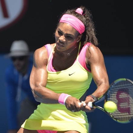 _PB13181 - 2015 24th January. Day 6 of the Australian Open Tennis. Serena Williams (USA) defeats Elina Svitolina (UKR) 4-6 6-2 6-0. Williams in action