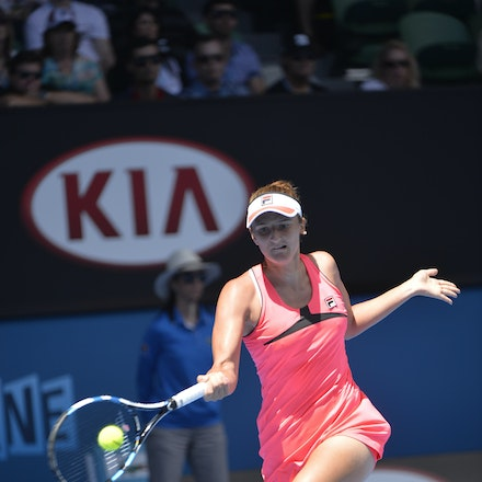 _PB13844 - 2015 25th January. Day 7 of the Australian Open Tennis. Eugenie Bouchard (CAN) defeats Irena-Camelia Begu 6-1 5-7 6-2 Begu in action