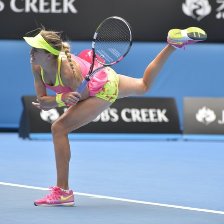 _PB13931 - 2015 25th January. Day 7 of the Australian Open Tennis. Eugenie Bouchard (CAN) defeats Irena-Camelia Begu 6-1 5-7 6-2 Bouchard in action