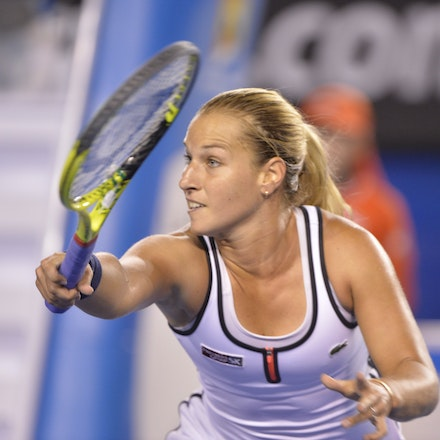 _PB16686 - 2015 26th January. Day 8 of the Australian Open Tennis. Dominika Cibulkova (SVK) defeats Victoria Azarenka (BLR) 6-2 3-6 6-3 Cibulkova in action