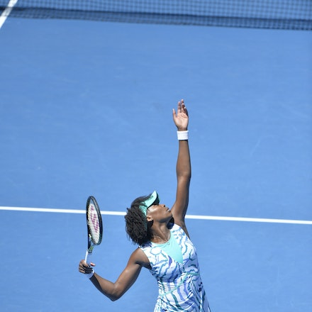 _PB10531 - 2015 28th January. Day 10 of the Australian Open Tennis. Madison Keys (USA) defeats Venus Williams (USA) 6-3 4-6 6-4 Williams in action