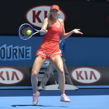 _PB12664 - 2015 29th January. Day 11 of the Australian Open Tennis. Maria Sharapova (RUS) defeats Ekaterina Makarova in straight sets 6-3 6-2 Sharapova...