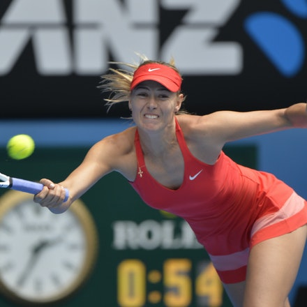 _PB12738 - 2015 29th January. Day 11 of the Australian Open Tennis. Maria Sharapova (RUS) defeats Ekaterina Makarova in straight sets 6-3 6-2 Sharapova...