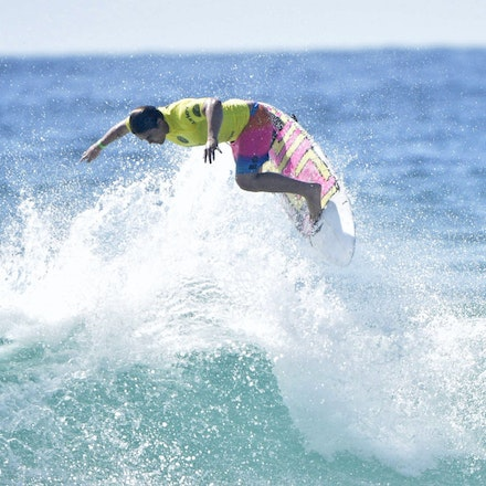 _XF22617 - 2015 12th February. Day 6 of the Australian Open of Surfing held at Manly Beach. Garrett Parkes (AUS) in action
